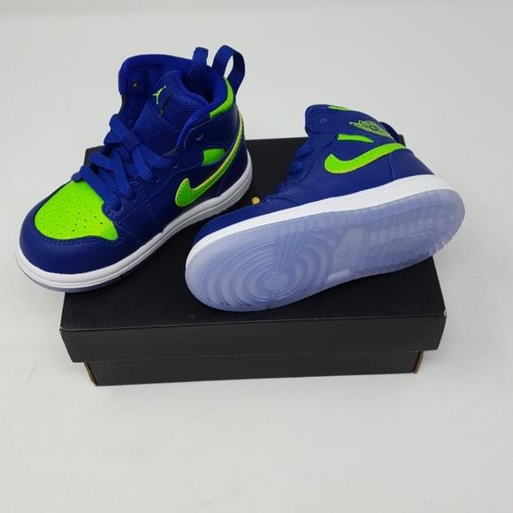 pretty nice c78cd 93ef2 Nike Children's Jordan 1 Retro High BT NWT